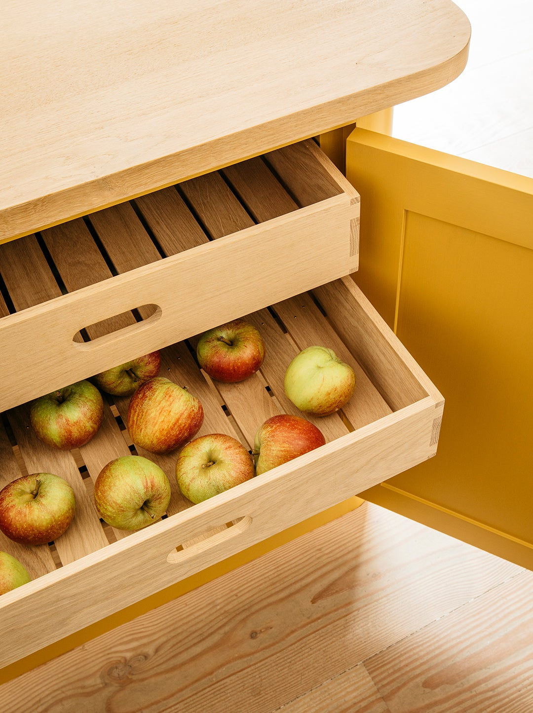slatted drawers for fruit storage