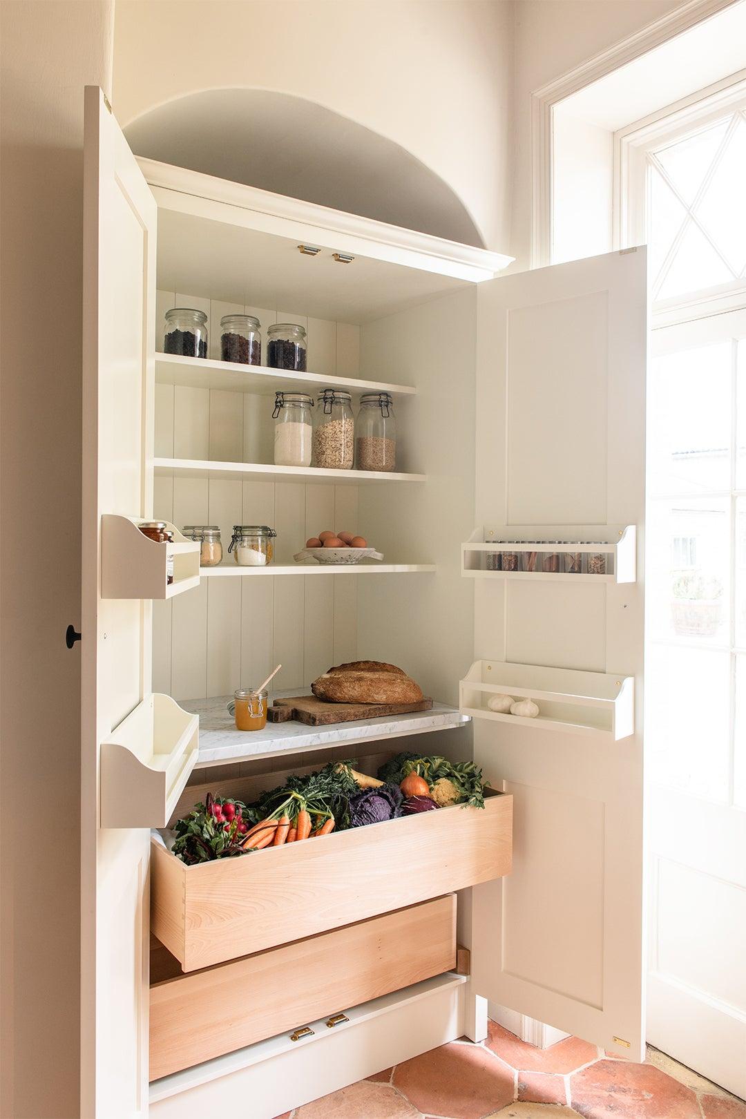 fruit storage pantry