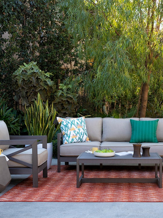 The Seasonless Accessory That 54% of People Want in Their Backyards
