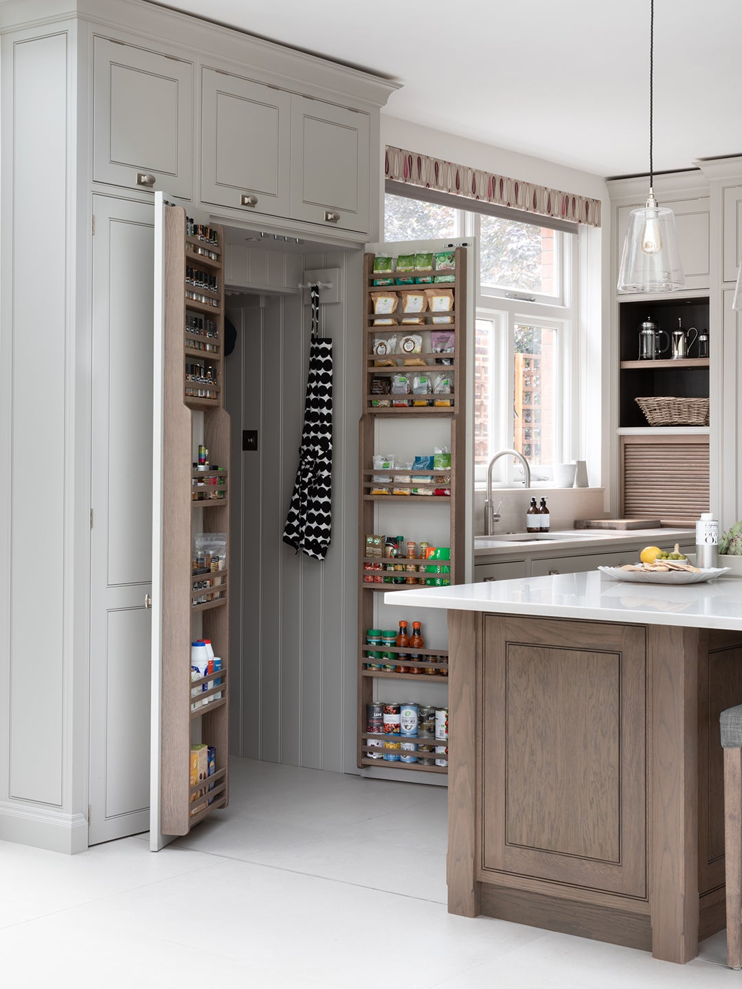The Best Walk-In Pantry Organization Ideas Are Hiding in Plain Sight