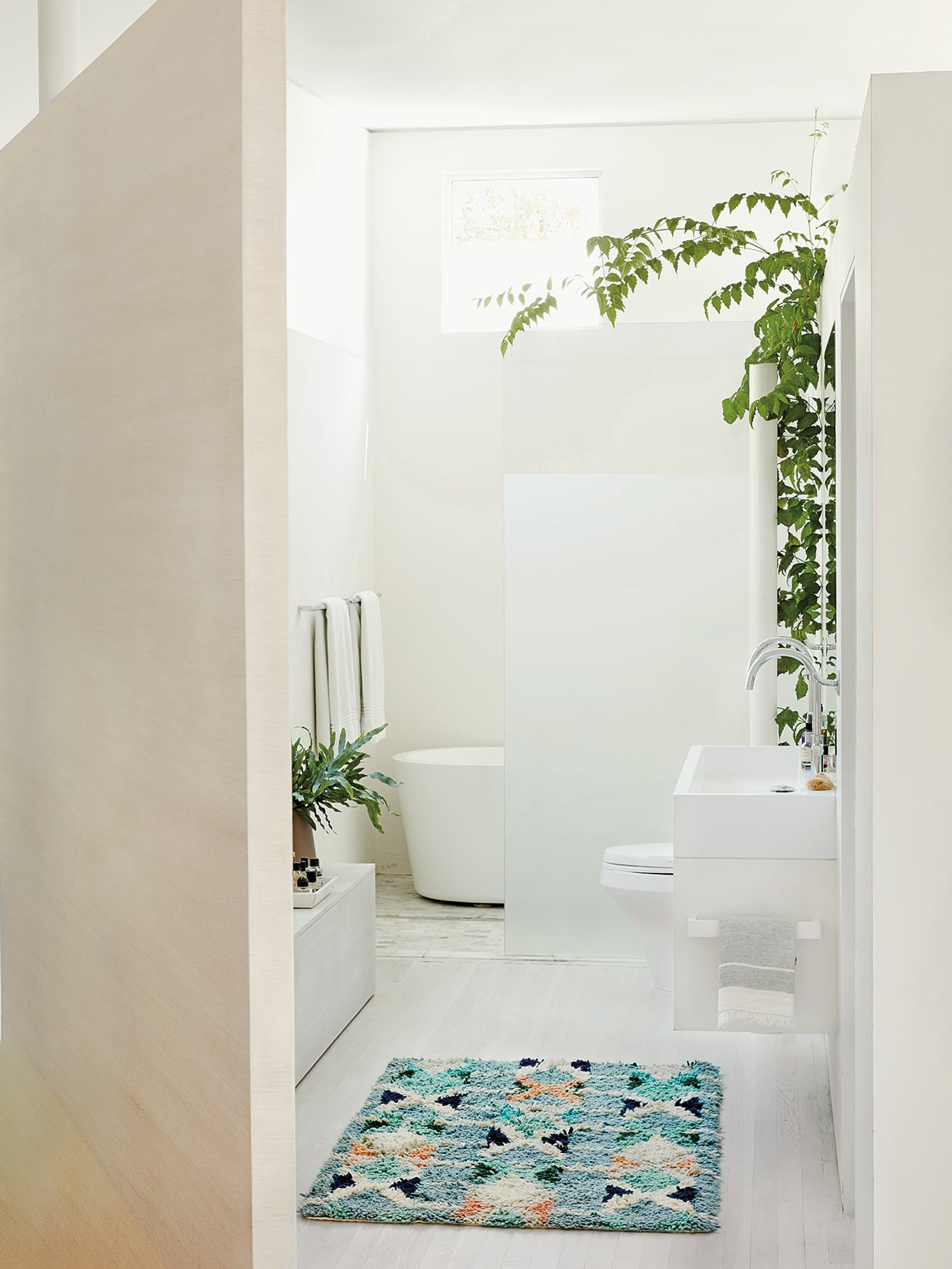 Touchless-bathroom-faucets-toilet-options-domino