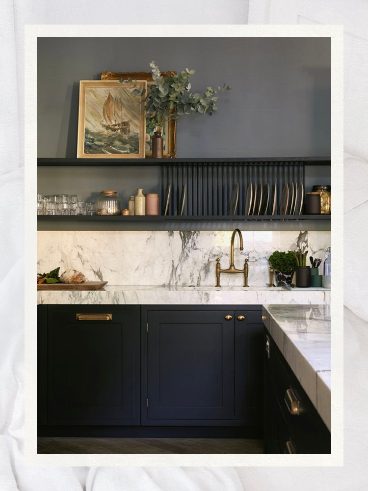Go Bold (and Beautiful) With the Best Black Paints for Kitchen Cabinets