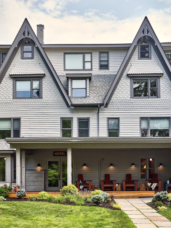At This Catskills Resort, Dirty Dancing–Era Design Is Making a Comeback