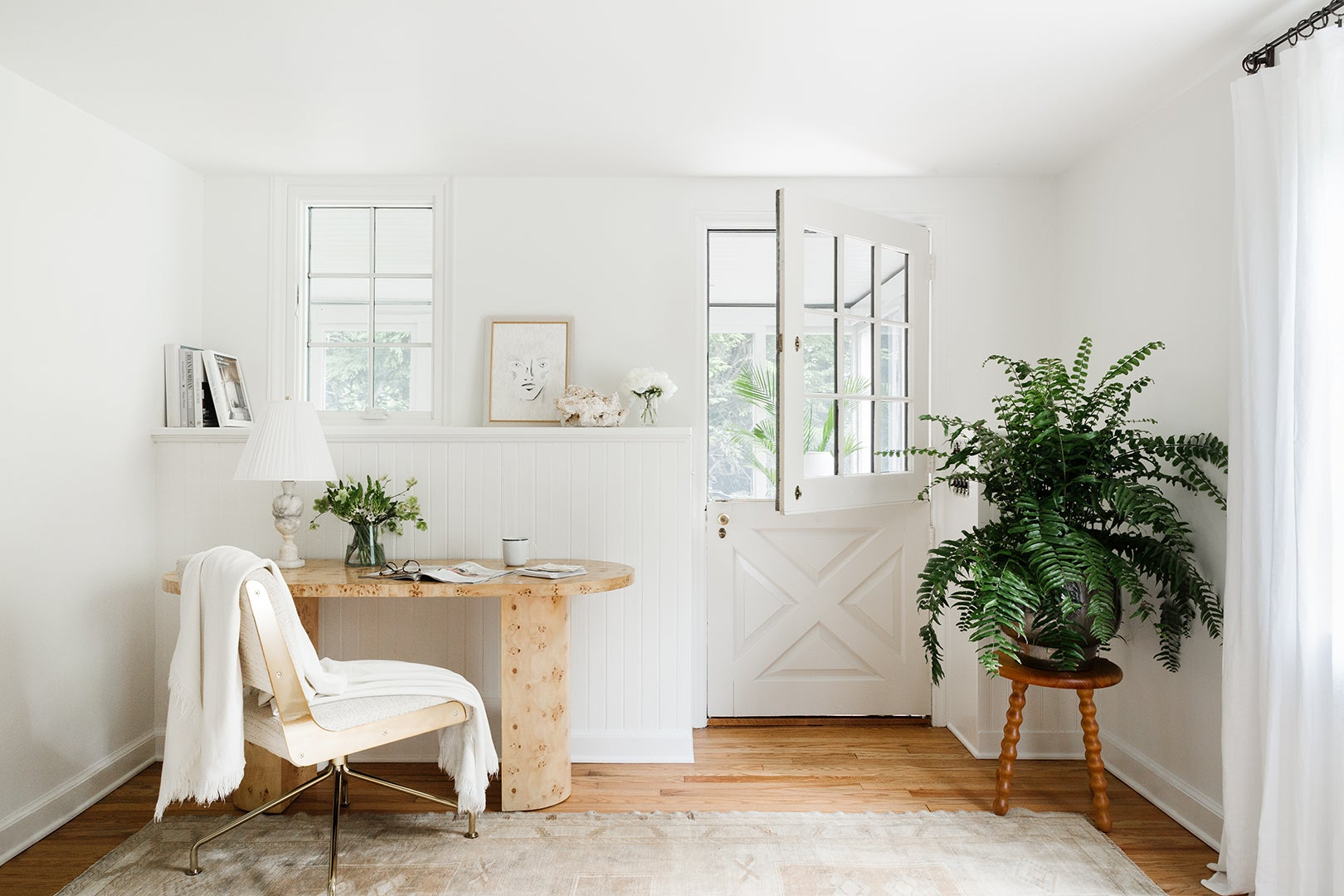 00-FEATURE-Shelby-Girard-Connecticut-home-tour-domino