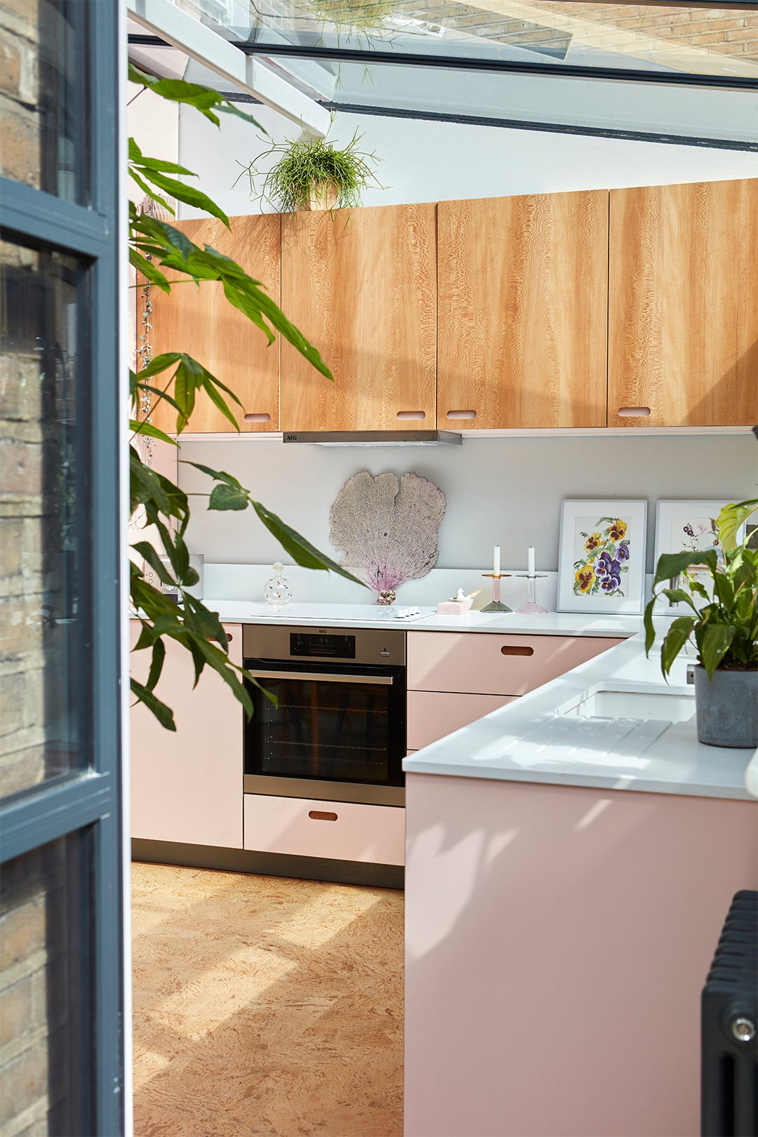 pink and wood kitchen
