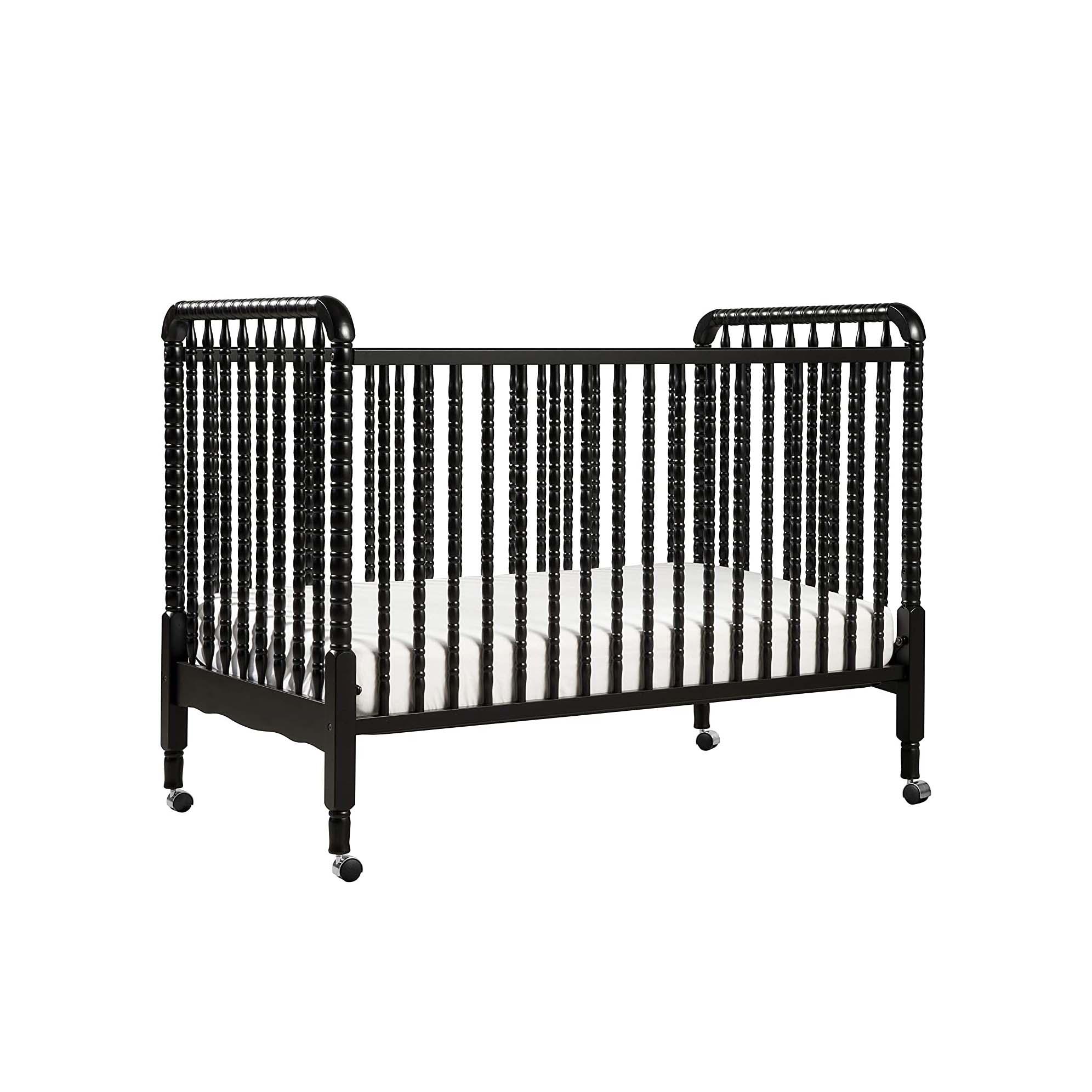 The-Best-Baby-Crib-Option-DaVinci-Jenny-Lind-Crib