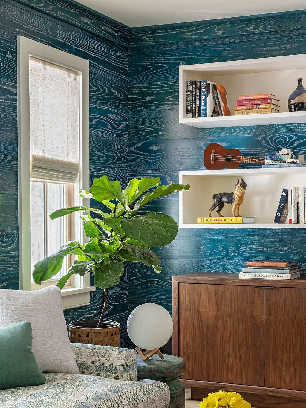 This Nautical TV Room Proves That Wood Paneling Doesn't Have to Be Boring Brown