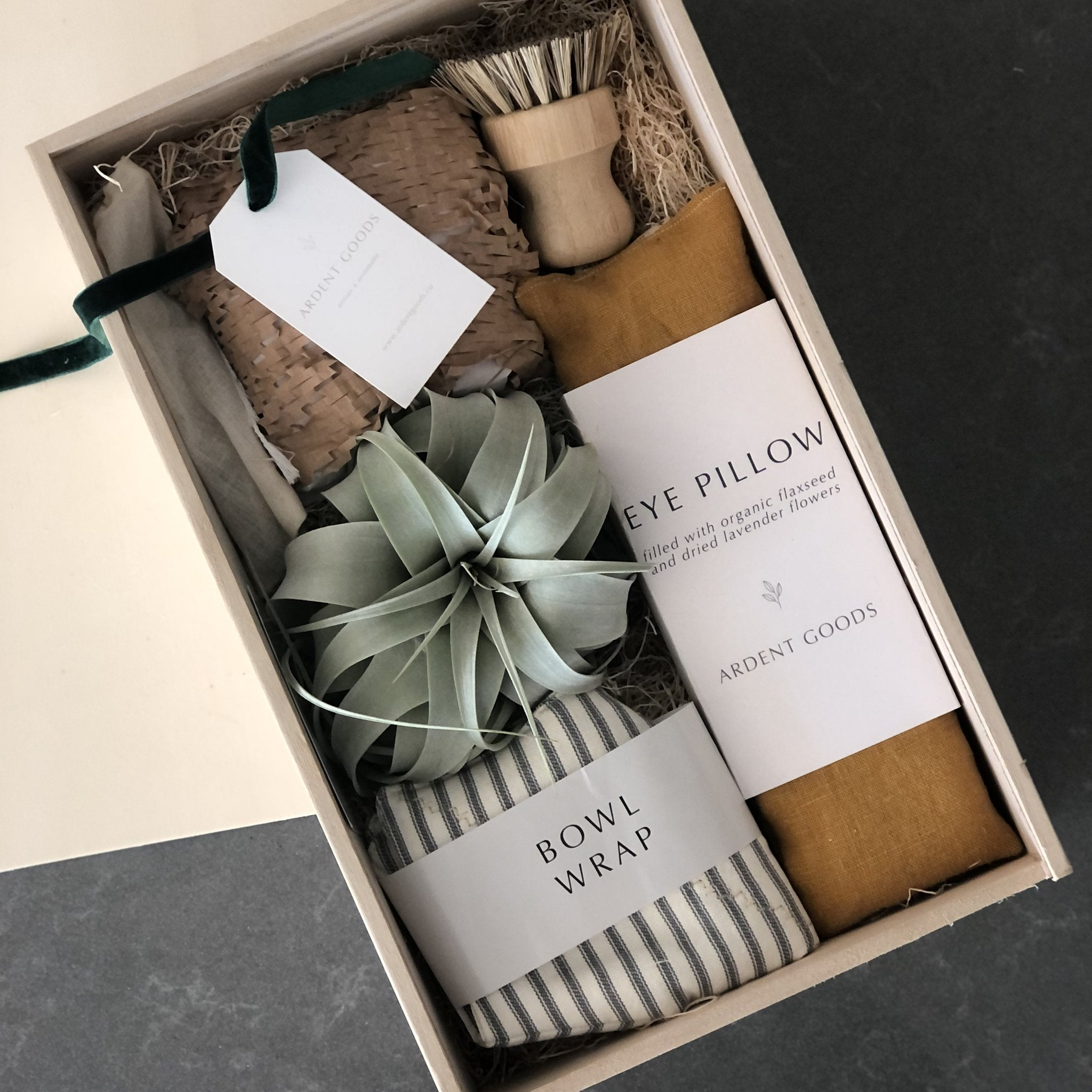 Best Gift Baskets Option: Twilight of the Dawn Gift Box