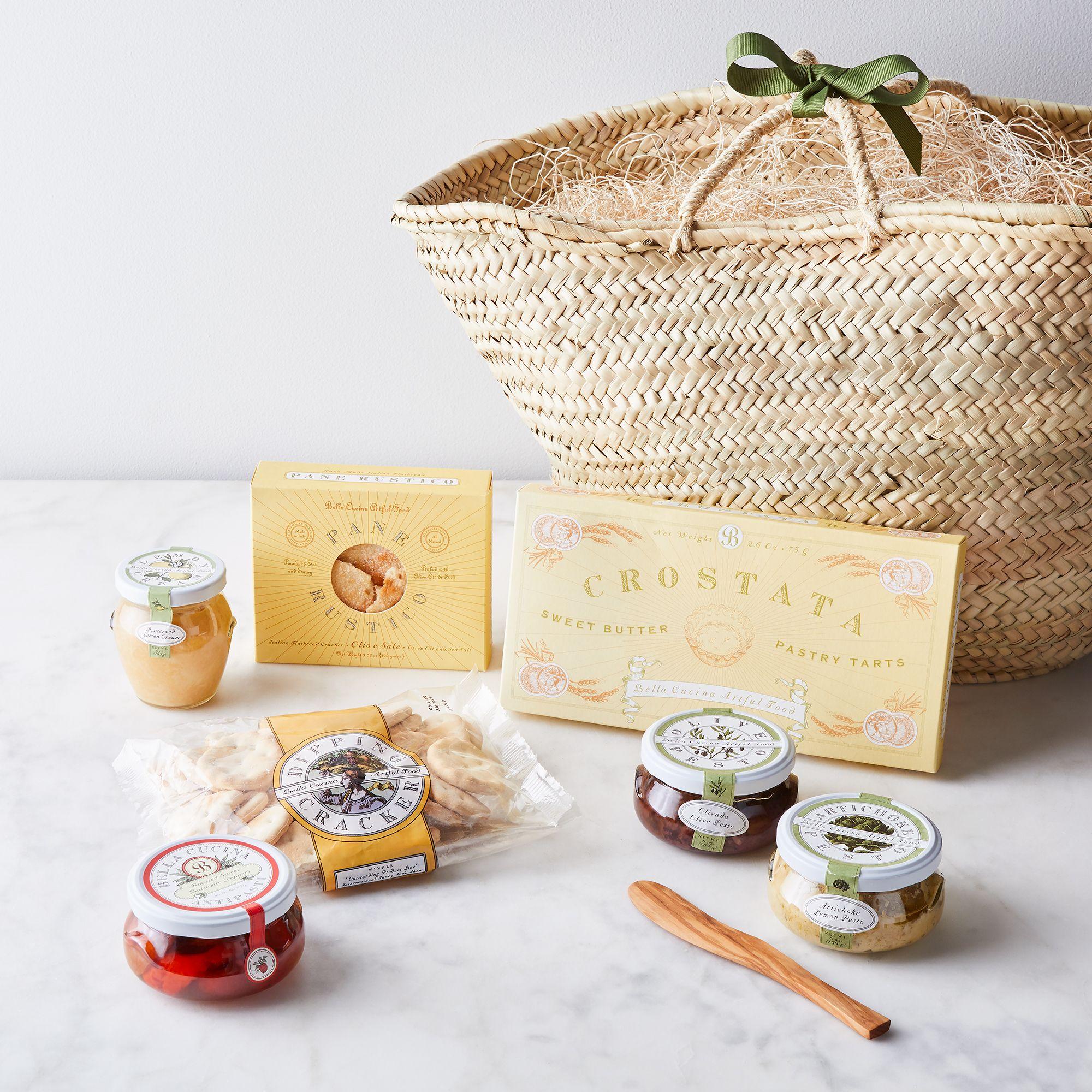 Best Gift Baskets Option: Bella Cucina Italian Antipasti Basket Gift Set