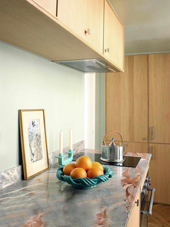 green kitchen couunters