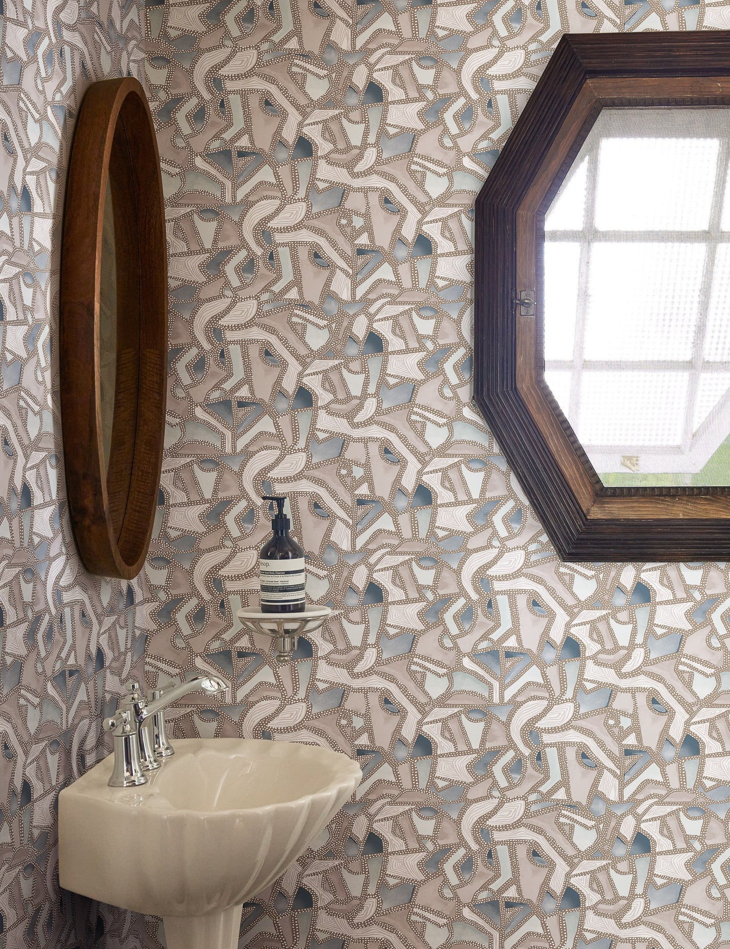 mosaic wallpaper in bathroom