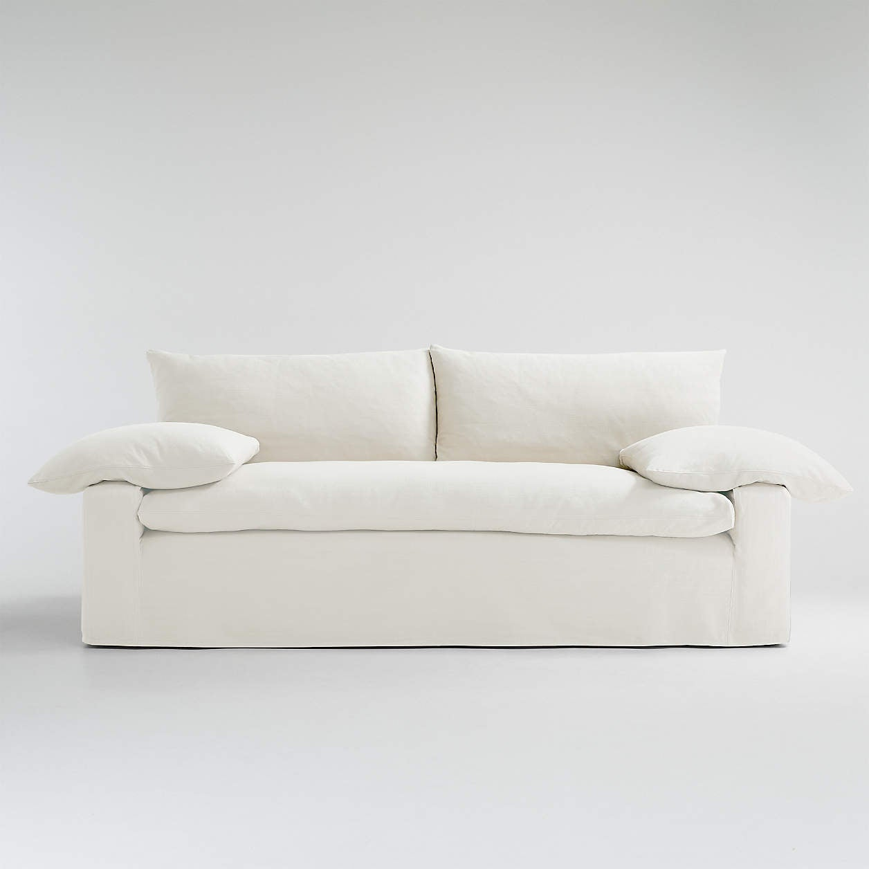 A Slipcovered <em>Bed</em> Is the Star of Leanne Ford's Fresh Crate & Barrel Collection
