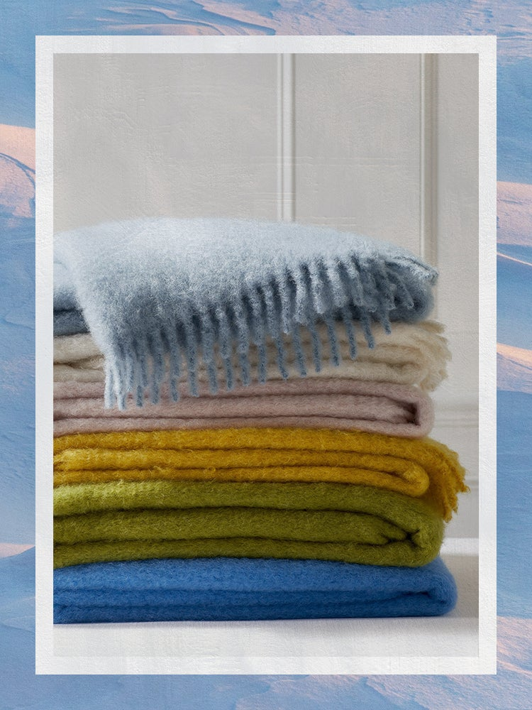 The Best Wool Blankets Domino 2021